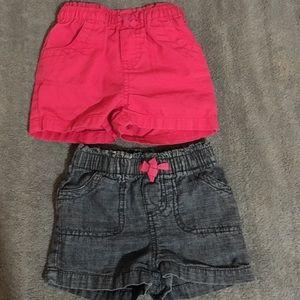 Set of 2 shorts for toddler girl.